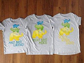 Detské oblečenie - Maľované detské tričko so sloníkmi (Trojsúrodenecký variant na svetlé tričko) - 7505649_