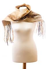 Šály - Dámsky vlnený šál, ručne plstený z jemnej Merino vlny, béžový, zimný šál, šál z plsti, nunoplstený šál - 7510816_