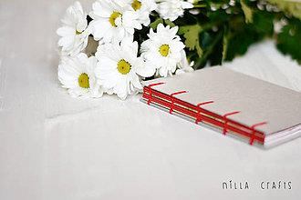 Papiernictvo - Ručne šitý zápisník - Romantický červený - 7513705_