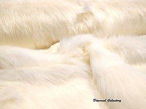 Textil - Umelá kožušina - biela huňatá - cena za 10 cm - 7513289_