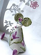 Dekorácie - figúrka - myš ružová s tulipánom - 7512683_