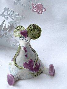 Dekorácie - figúrka - myš ružová s tulipánom - 7512644_