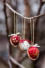 Dekorácie - Vianočný oriešok - červený I. - 7519397_