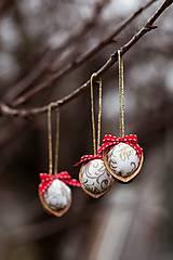 Dekorácie - Vianočný oriešok - biely - 7519430_