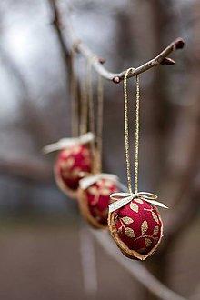 Dekorácie - Vianočný oriešok - červený II. - 7519439_