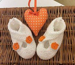 Topánočky - pletené papučky pre bábätko biele - 7516478_