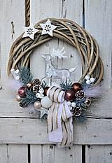 Dekorácie - Vianočný veniec s priesvitným jeleňom II - 7520908_