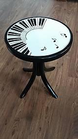 Nábytok - Klavírna stolička - predaná - 7518019_