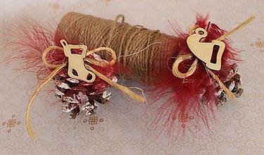 Dekorácie - Vianočné ozdoby_ šišky červené - 7523339_