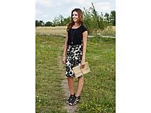 Sukne - Kvietkovaná čierno biela sukňa - 7525116_