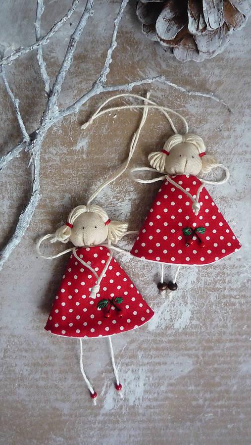 Dekorácie - Vianočná cherry anjelka - 7522440_