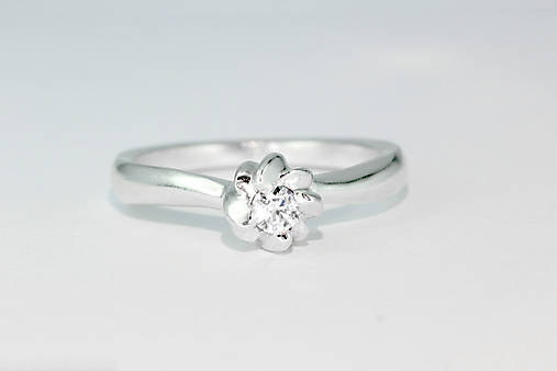 Prstene - prsten SANISTRA s briliantom - 7528267_