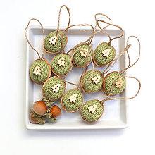Dekorácie - Bio oriešky zelené s jedličkami - 7532069_