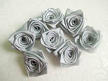 Dekorácie - saténové ružičky - 7541922_