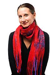 Šály - Dámsky vlnený šál, ručne plstený z jemnej Merino vlny, červeno-fialový, zimný šál, šál z plsti - 7546624_