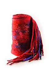 Šály - Dámsky vlnený šál, ručne plstený z jemnej Merino vlny, červeno-fialový, zimný šál, šál z plsti - 7546759_
