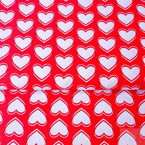 100 % bavlna červené srdiečka, šírka 160 cm, cena za 0,5 m