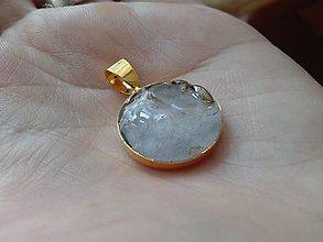 Iné šperky - Krišáľ v pozlátenom lôžku - medailón - 7553303_
