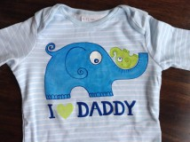 - Pásikavé maľované body s nápisom I love daddy - 7553453_