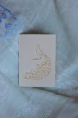 Papiernictvo - Vyšívaná pohľadnica - páv - 7553085_