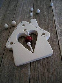 Dekorácie - Domček s guličkou Berry - 7559299_