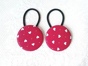 Ozdoby do vlasov - BonBon gumičky – buttonky (red/white hearts) - 7557761_