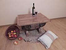 Sudový stolík (Wine barrel table)  (2.)