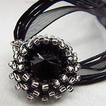 Náhrdelníky - Swarovski black chrysantéma II. - 7559798_