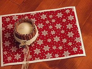 Úžitkový textil - Vianočné červené jutové prestieranie s vločkami - 7560051_