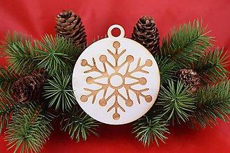 Dekorácie - Drevená vianočná ozdoba gravírovaná 58 - 7562741_