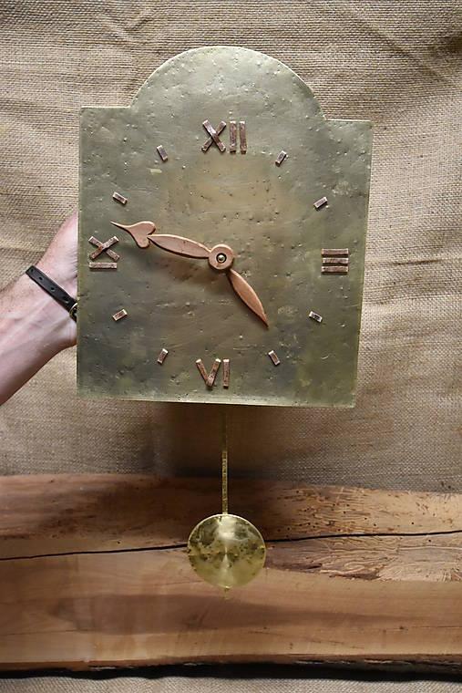 Mosadzné hodiny č. 38