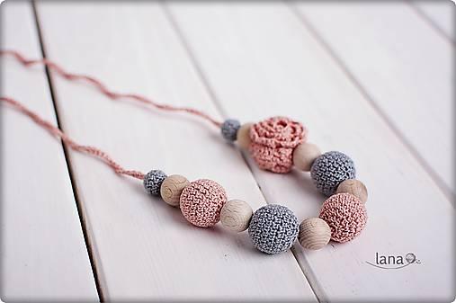 Nostalgia - háčkovaný nielen dojčiaci náhrdelník