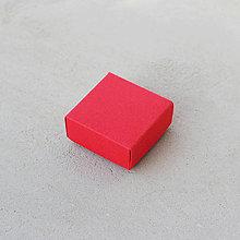 Krabičky - Krabička mesiaca február (červená) - 7567396_