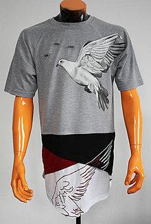 Tričká - Maľované tričko holubica v oblakoch - 7572352_