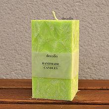 Svietidlá a sviečky - Zelená sviečka - kváder - 7577187_