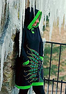 Šaty - Dámske šaty s kapucou, vreckami, maľované VTÁČA - 7574233_
