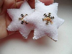 Dekorácie - bielo -zlaté hviezdičky kučeravé - sada - 7576029_