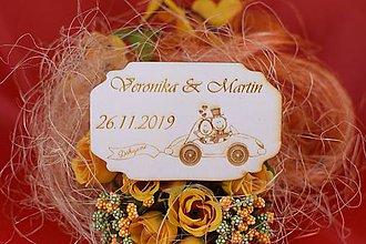 Darčeky pre svadobčanov - Drevená svadobná magnetka ako vyslužka hosťom  70 - 7575329_