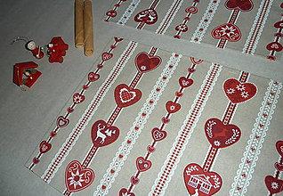 Úžitkový textil - Obrus béžový + vianočné prestieranie v prúžkoch - 7580263_