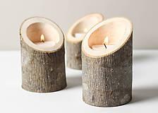 Svietidlá a sviečky - Drevený svietnik THREE - 7580671_