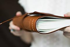Papiernictvo - Ručne viazaný kožený zápisník Daniel - 7581105_