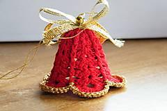 - Červený háčkovaný zvonček - 7579097_
