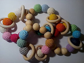 Hračky - Drevená hrkálka - guľôčky a krúžky - 7584618_