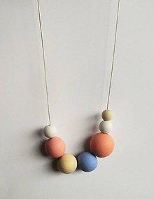 Náhrdelníky - náhrdelník MINIMAL 24 - drevo maľované akrylom - 7587179_