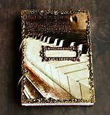 Papiernictvo - Hudobný diár,vintage diár klavír,noty s vymeniteľným obsahom pre muža i ženu - 7586101_
