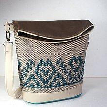 Veľké tašky - Vyšívaná kabelka \