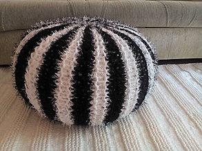 Úžitkový textil - Puf čiernobiely-skladom ihneď k odberu - 7587020_