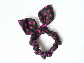Ozdoby do vlasov - Mini scrunchie (brown/fuchsia polka dots) - 7590934_