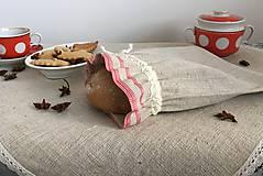 Úžitkový textil - Vrecúško z ručne tkaného ľanu s červeným lemom - 7589871_