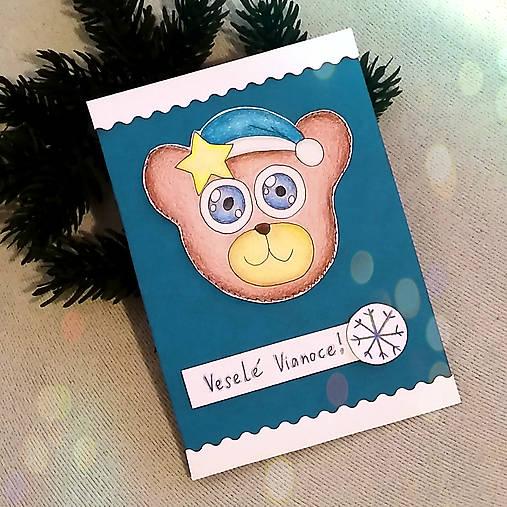 Vianočná pohľadnica macko (s hviezdičkou)